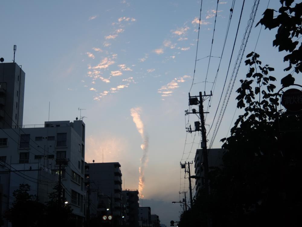 顔みたいな雲